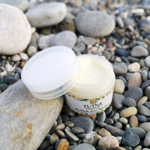 night cream hydration skin face light white brighten natural organic cruelty free