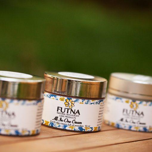 all in one day cream organic natural ingredients france jordan amman antiwrinkle skincare botox